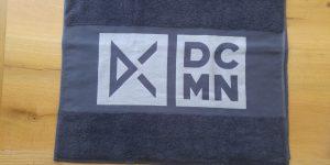 Duschtuch mit Logo